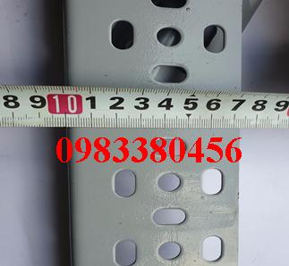 sắt v lỗ 40x80