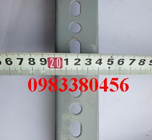 hình đo thực tế sắt v lỗ 40x40
